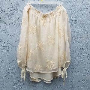 ASTR white off the shoulder blouse